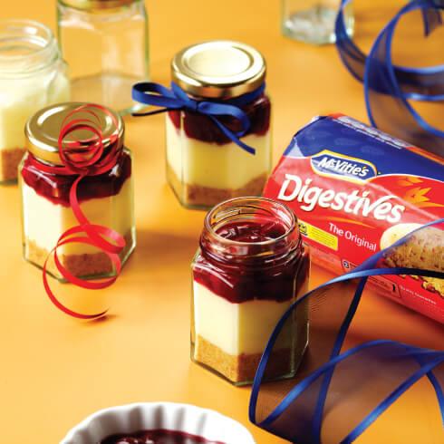cherry-cheesecake-jars